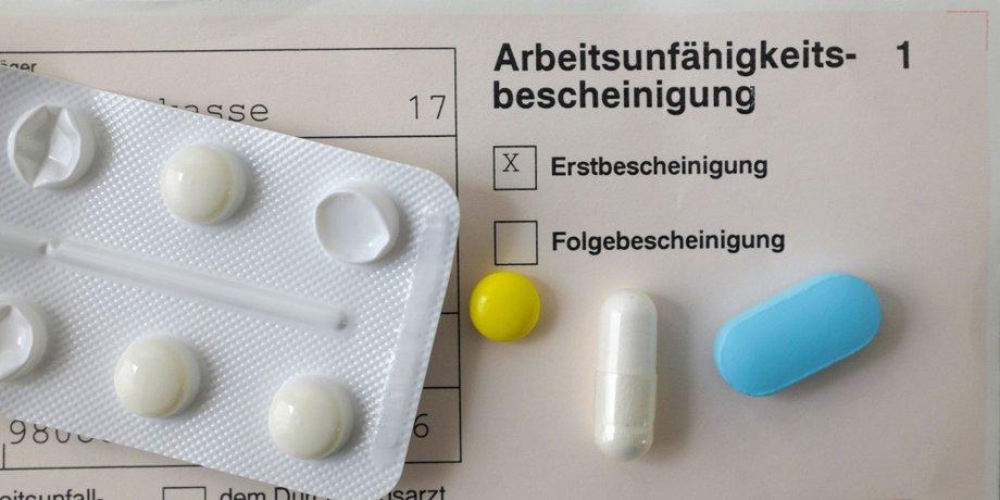 Arbeitsunfähigkeitsbescheinigung und Medikamente