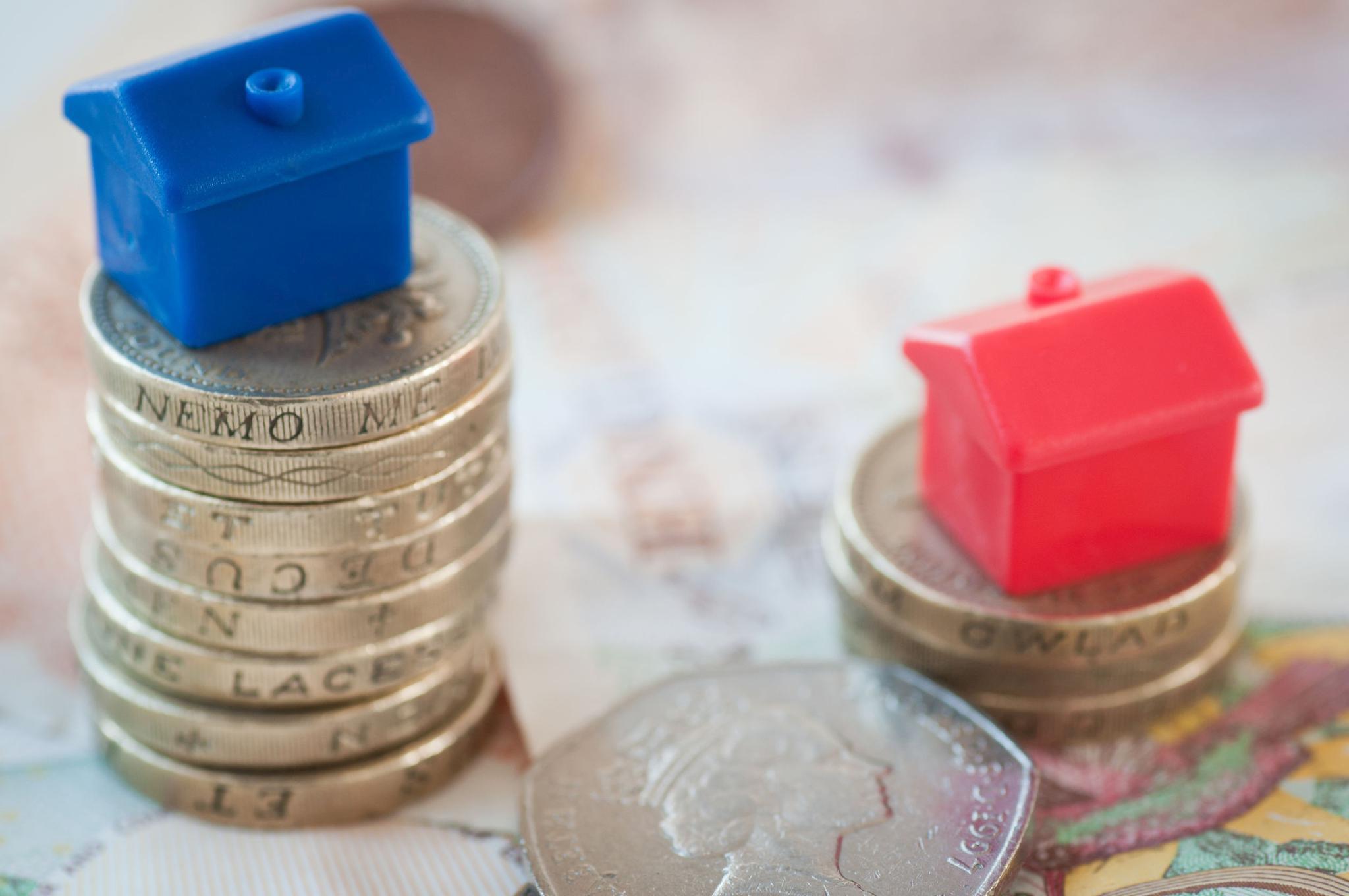 Häuser auf Geld